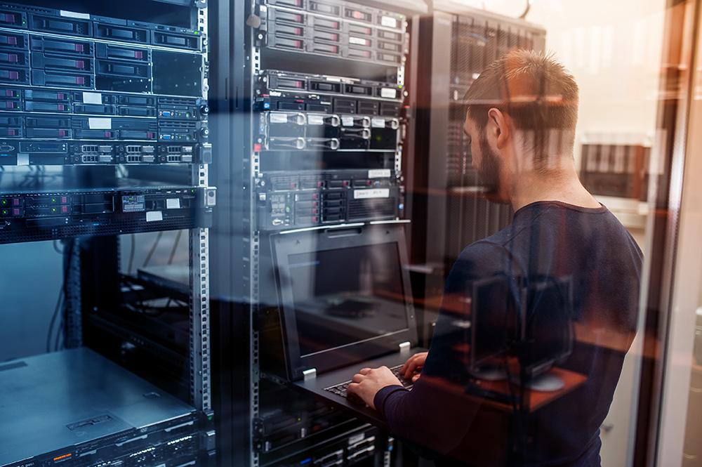 memilih-web-server