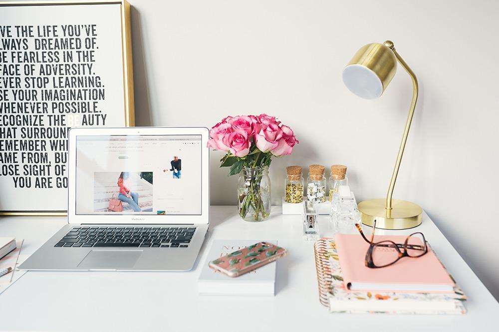 perbedaan-pemasaran-konten-dan-blog