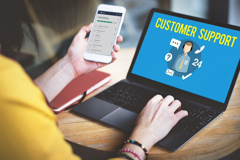 customer-service-adalah-2